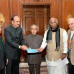 Congress leaders meet President Pranab Mukherjee, Delegation against Modi Government, President Rule, Track2Media Research